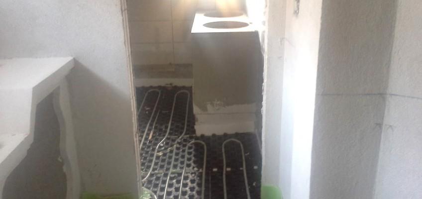 Obnova kopalnice - namestitev talnega gretja