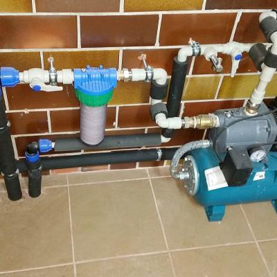 Vgradnja hidrofora zaradi nizkega tlaha v sanitarnem sistemu
